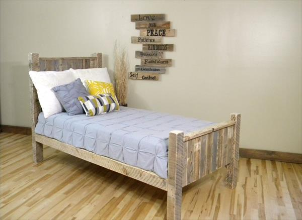 recycled pallet bed plan