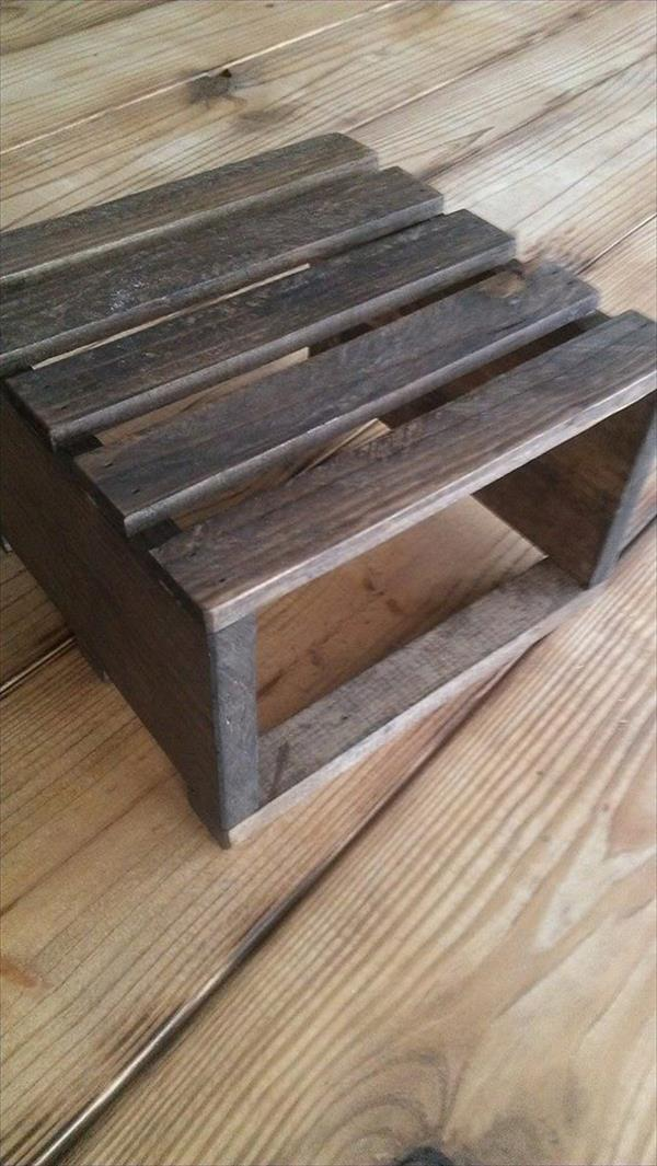 repurposed pallet table riser
