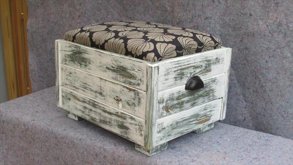 reclaimed pallet upholstered ottoman