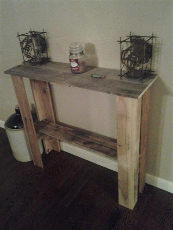 Diy Rustic Entryway Table Pallet Furniture Plans