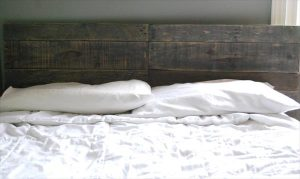 repurposed vintage pallet headboard