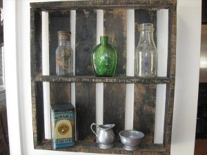 repurposed pallet shelves