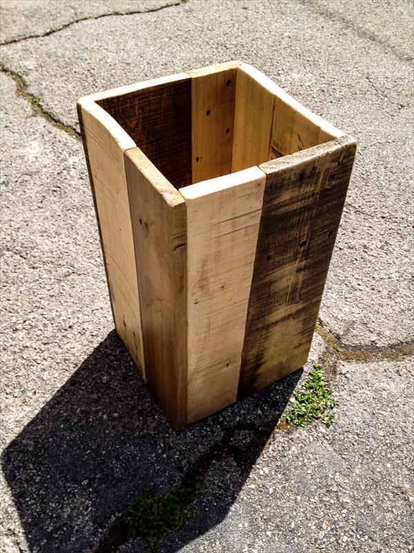 handmade pallet trash bin