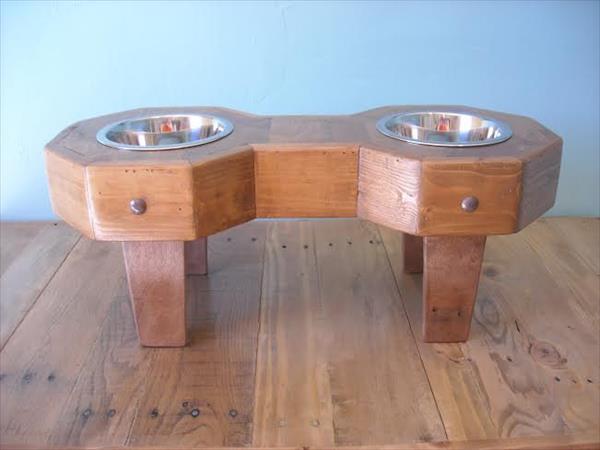 reclaimed pallet bowl holder