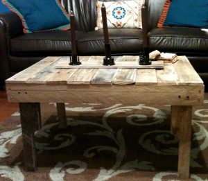 DIY Ultra Rustic Pallet Coffee Table