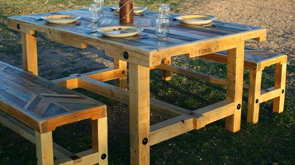 DIY Chic Pallet Dining Furniture Set