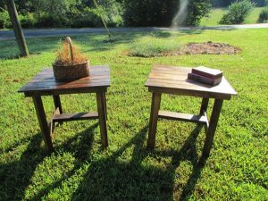 DIY Pallet Wood End Tables