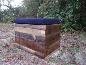 DIY Pallet Wood Storage Ottoman