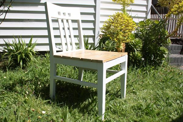 recycled pallet renewed chair