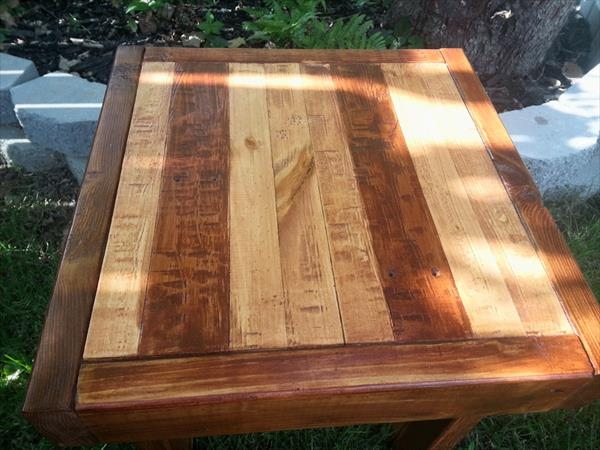 reclaimed pallet end table and side table