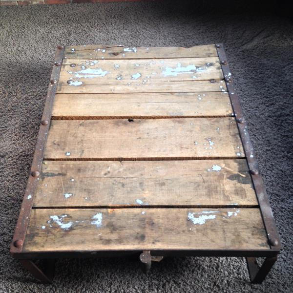 wooden pallet warehouse cart and coffee table