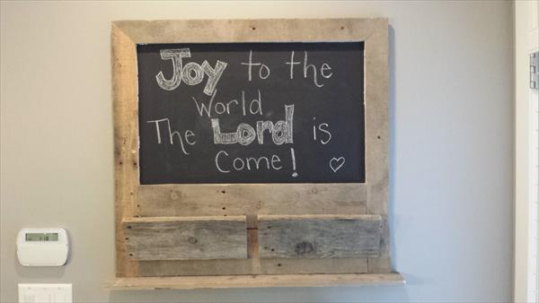 upcycled pallet wood message board