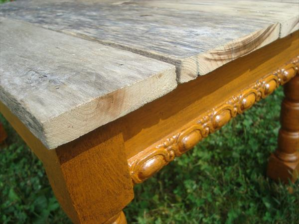 diy reclaimed table with pallet top