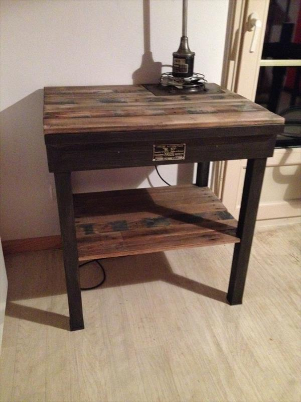 reclaimed pallet vintage side table