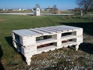 Sturdy Pallet Bench or Coffee Table