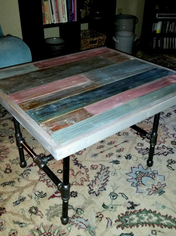 recycled pallet end table with metal base