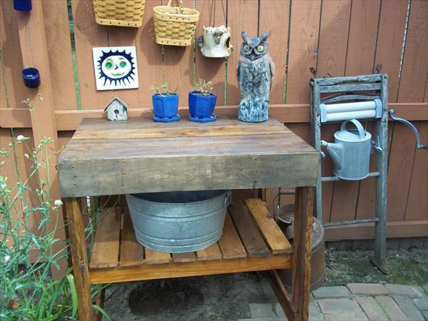 recycled pallet garden work bench with shelf
