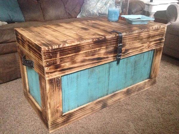 recycled pallet storage chest