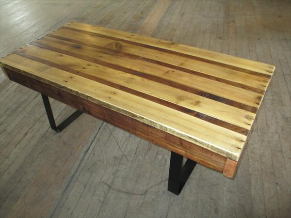 recycled pallet table with flat steel legs