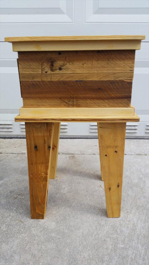 diy pallet nightstand and sofa table