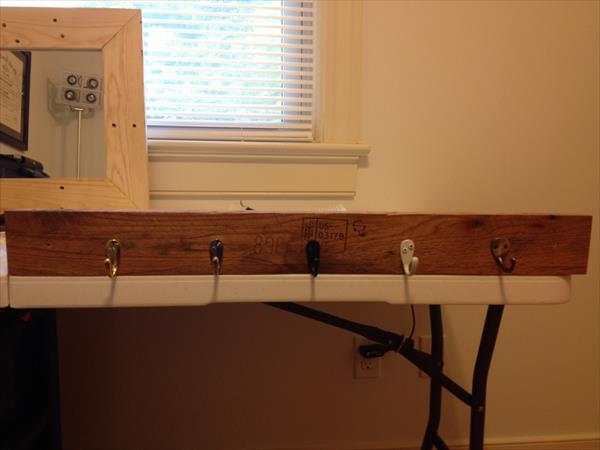 reclaimed pallet wall mount coat rack