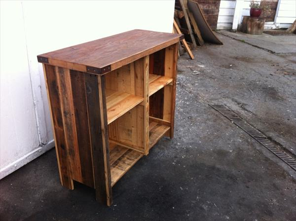 upcycled pallet handmade entertainment unit
