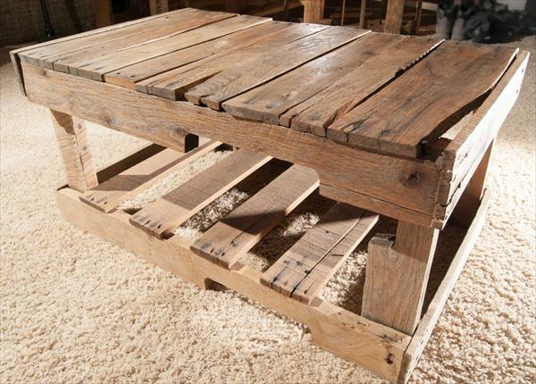 upcycled pallet entry bench