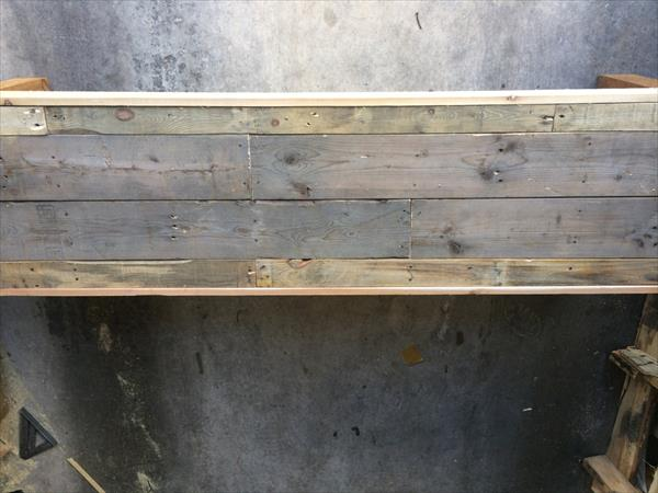 diy pallet cedar wood bench
