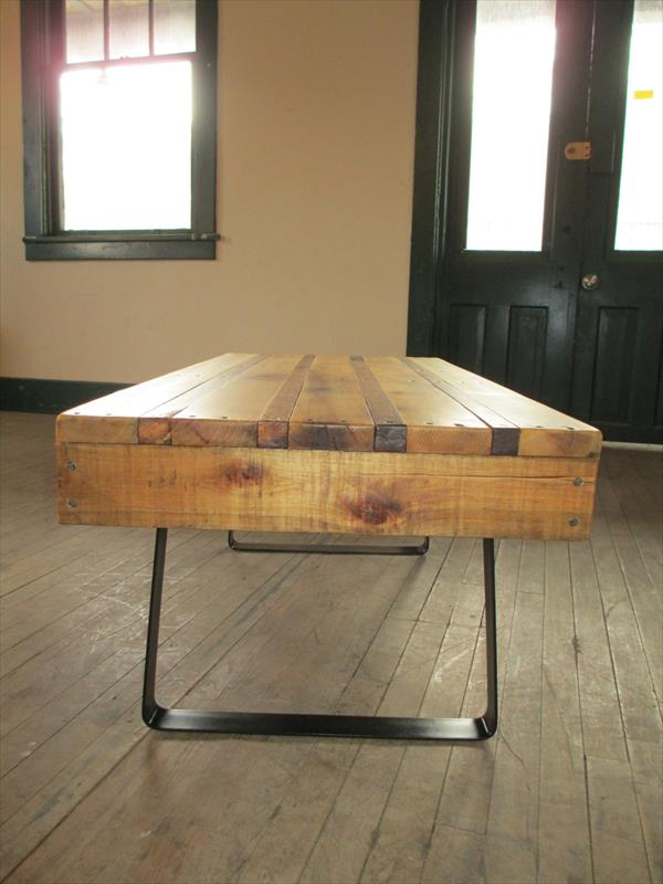 diy pallet table with steel flat legs