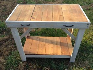 repurposed pallet wood console table