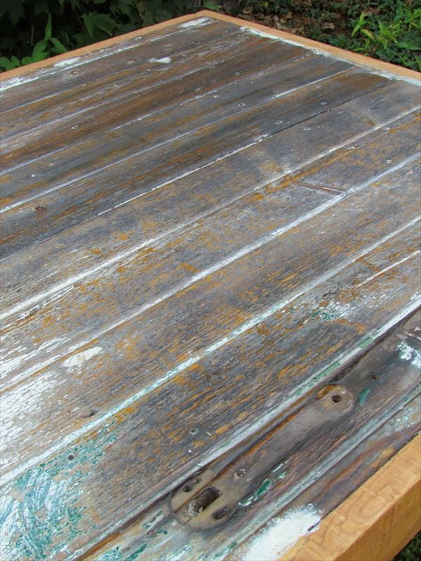 rustic pallet and barn wood table