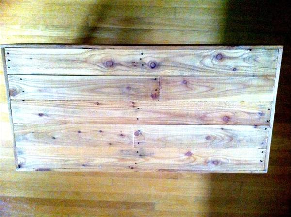 recycled pallet rustic coffee table