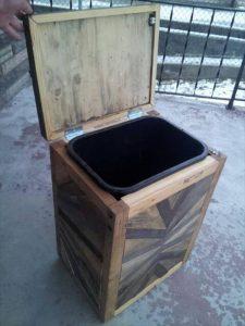 upcycled pallet trash bin