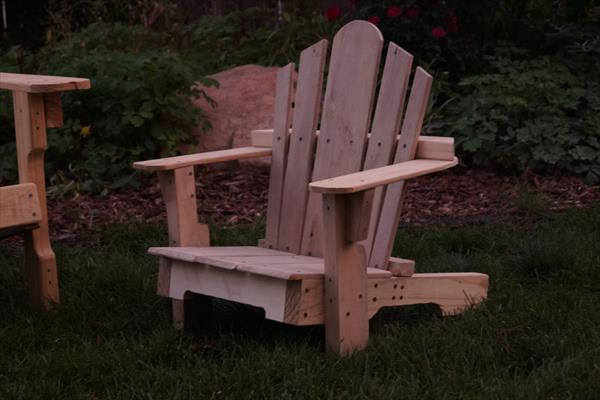 recycled pallet adirondack toddler chair