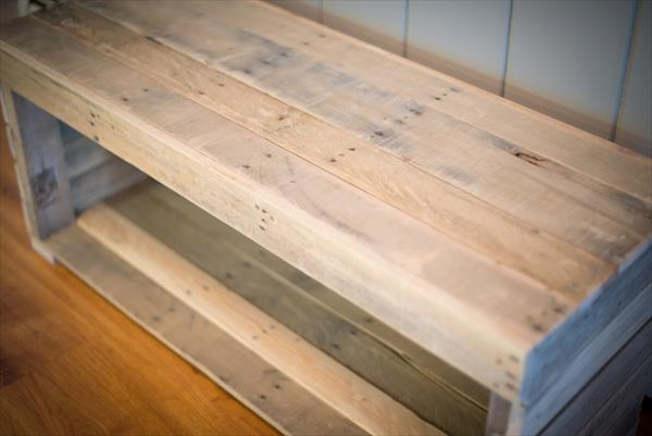 recycled pallet mudroom bench and coffee table