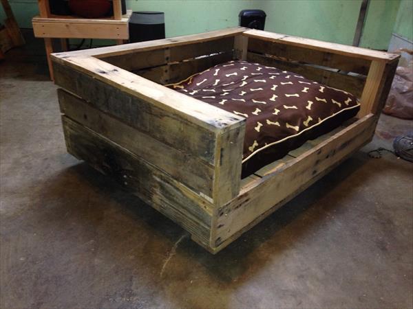 Diy Rustic Pallet Dog Bed Furniture Plans