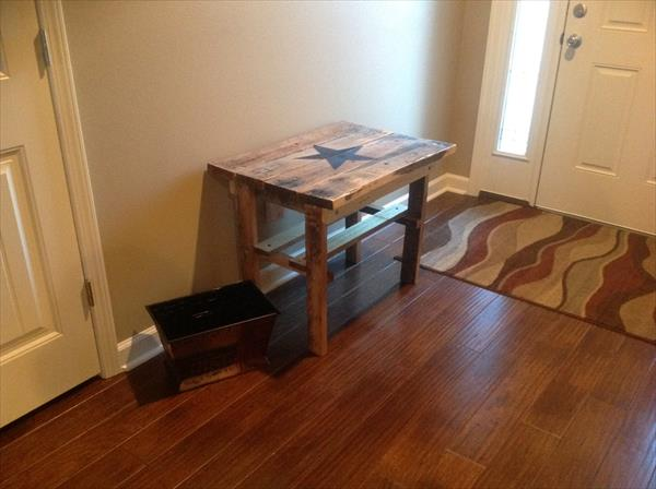 recycled pallet side table with star monogram