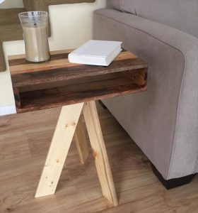 DIY Pallet Vintage Side Table