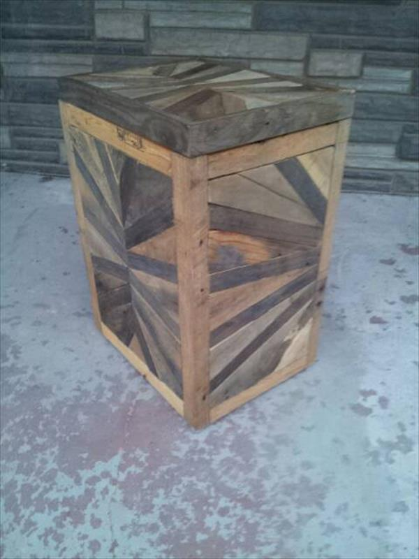 DIY Pallet Kitchen Trash Bin Furniture Plans
