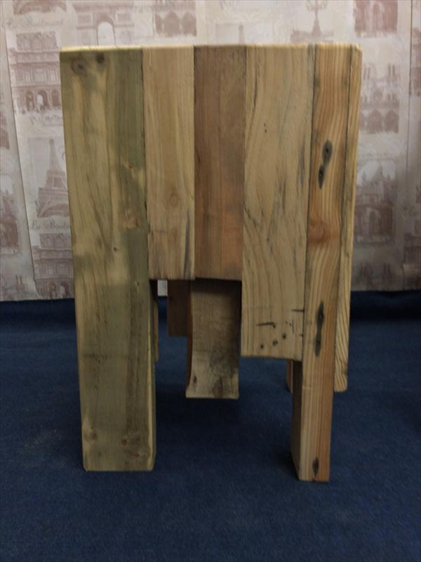 repurposed pallet coffee table and side table