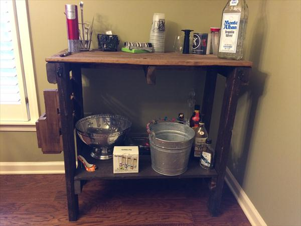 upcycled pallet table with side storage