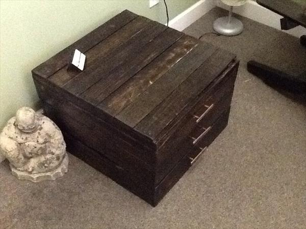 diy pallet end table and keepsake box