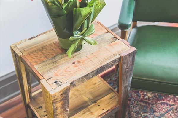 vintage pallet side table