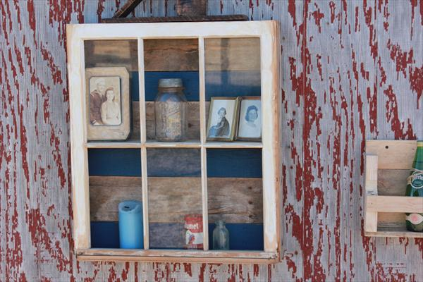 diy reclaimed window and pallet wood display
