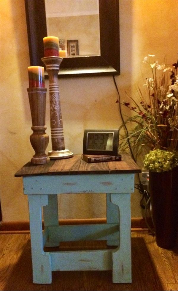 recycled pallet dual toned side table