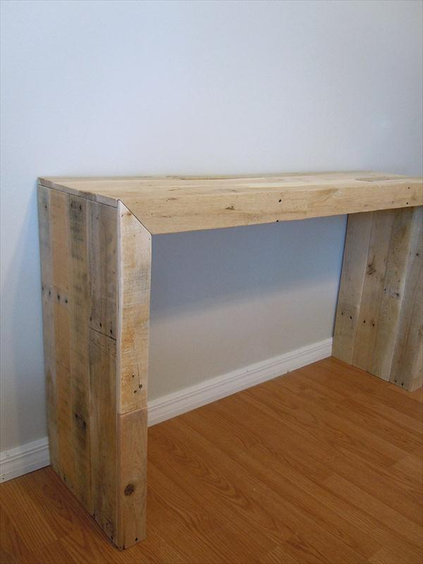 Diy pallet console table pallet furniture plans for Sofa table made from pallets