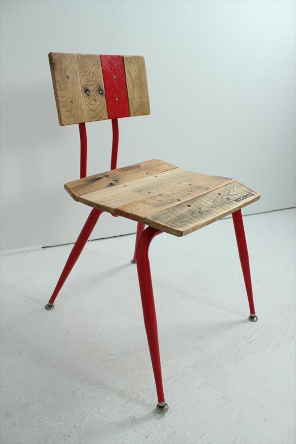 pallet and metal pipe vintage chair