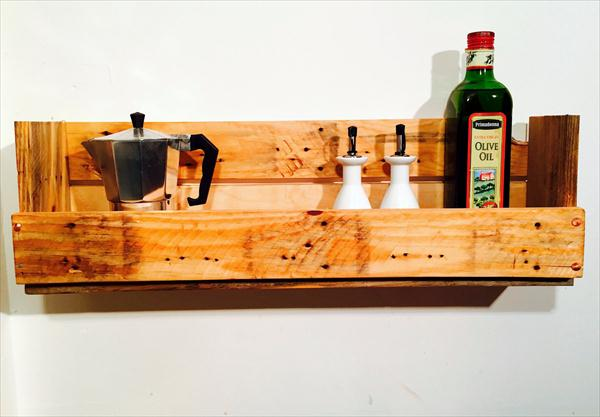 recycled pallet wood shelf