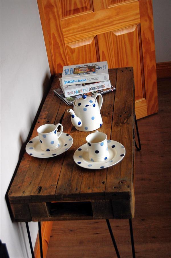 repurposed pallet industrial styled coffee table