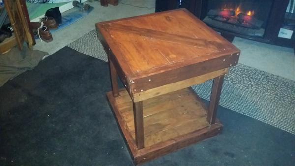 upcycled pallet end table and nightstand